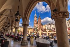 Rynek Glowny (davecurry8) Tags: cathedral poland krakow oldtown stmarys rynekglowny clothmarket