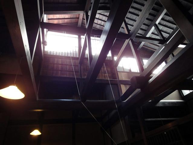 吉島家住宅の光が生み出す梁の魅力|吉島家住宅