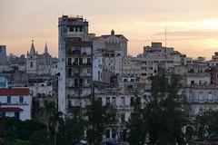 Havana Vieja at Sunset Cuba (roli_b) Tags: sunset sol la december sonnenuntergang havana cuba vieja blocks block dezember habana altstadt oldtown havanna kuba decembre huser 2015 december2015