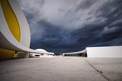 N116 I (maf.mendoza) Tags: espaa storm niemeyer architecture spain arquitectura nikon asturias tokina tormenta avils centrocultural radeavils atx116prodx centroniemeyer nikond7200