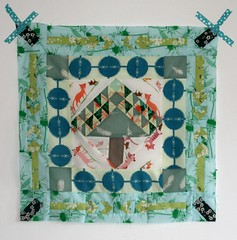An idea of flying geese grew into arrows. Geese still comping up! #lawnquilt #medallionquilt (Lotje quilts) Tags: square quilt squareformat medallion arrow patchwork tigerlily fieldstudy heatherross annamariahorner medallionquilt instagramapp