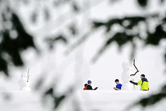 Visiting with snowmen 2 (rachel.roze) Tags: snow snowmen hanover january2016