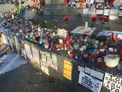 place de la rpublique (stefff13) Tags: paris statue pray libert hommage rpublique priere attentat receuil