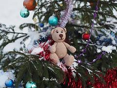 Crochet Teddy Bear (-Natalis-) Tags: bear teddy crochettoy crochetteddybear  beachminiature petslair