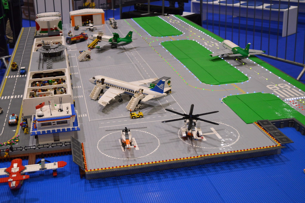 legos helicopter with Lego Runway on Lego runway as well 261219058755 furthermore 4 More Lego Creator 3 In1 Vehicle Sets besides Ducktales Lego Ideas additionally Theme Dino 2010.