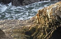Montana De Oro (Seleusleaf) Tags: seaside rocks many jagged layered