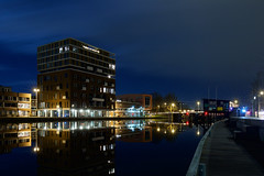 Waterspiegel (zsnajorrah) Tags: longexposure bridge sky urban reflection haarlem water netherlands spaarne architecture night clouds river jetty explore bluehour droste dekoepel prinsenbrug 7dmarkii ef1635mmf4l havendiensthaarlem drostebuurt sportheldenbuurt