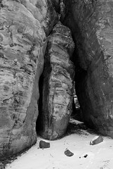 DSC_0032 (Fluff Tater) Tags: blackandwhite monochrome wisconsin glacial glaciallake millbluffstatepark raggedrocks 4march2016