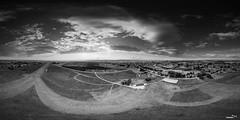 Panorama Jelas b/w