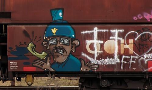 2474_2016_03_24_Oberhausen_West_DB_185_228_&_185_xxx_Graffiti_Falns