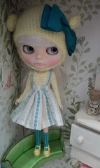 Feeling Shy........ (simplychictiques) Tags: adorable pastels pout blythe grumpy floss childlike shabbychic customblythedoll jodiedollscustom ooakblythedoll airbrushfaceup blytheinhats cadencemajorettescalp harustyleoutfit frecklesandpout