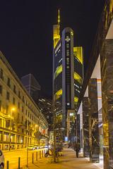 Frankfurt leuchtet... (Ute Maria) Tags: licht frankfurt commerzbank luminale