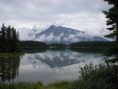 Mountain reflection (robertbr1) Tags: banff banffnationalpark