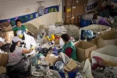 MDS_MC_130330_0004 (brasildagente) Tags: brasil mulher lixo reciclagem riograndedosul sul mds coletaseletiva novohamburgo 2013 governofederal recicladores bolsafamilia minhacasaminhavida marcelocuria ministeriododesenvolvimentosocialecombateafome