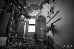 Renovation Time (Tom McAdam) Tags: travel 3 building window river bathroom lock decay kentucky urbanexploration rotten desolate lostplaces