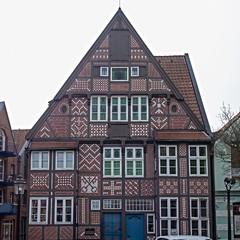 Heimat-Museum (RaiLui) Tags: square de deutschland 11 halftimbered fassade fachwerk quadratisch altesland truss niedersachsen buxtehude giebel fassadenschmuck buntmauerwerk