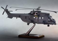 Airbus Helicopter H225 Caracal - scala 1.40-1 (Maurizio Piazzai) Tags: models caracal eurocopter madeinitaly superpuma artigianato modellino piazzaimodels airbushelicopters multimissionhelicopter h225m scala140
