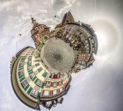 Stein am Rhein little Planett II (Ukelens) Tags: light shadow panorama photoshop lights schweiz switzerland licht shadows little swiss pano schaffhausen altstadt oldtown lightshow schatten hdr kleiner lighteffects lichter lightroom lighteffect steinamrhein lichteffekte lichteffekt hdrphotography littleplanet ukelens