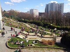 Premiers jours de printemps (LaurentB_) Tags: nature public square squareformat pause parc espace citybreak iphoneography instagramapp uploaded:by=instagram