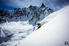 Cruising on the sunny side DeschampsDamien (Damien DESCHAMPS) Tags: slash sun snow ski mountains alps playground snowboarding freedom skiing action cruising powder snowboard chamonix wideturns