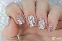 Christmas Eve snowflakes (www.lacqueredobsession.com) Tags: white art design nail polish stamp rhinestones rosegold moyou ilnp