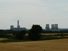 Concrete Trees (mdavidford) Tags: field gold industrial power towers farmland electricity crops soot generation chimneys culham coolingtowers hyperbolic didcotpowerstation abingdonroad didcota
