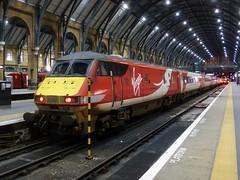 82218 at King's Cross (train_photos) Tags: virgin dvt londonkingscross 82218