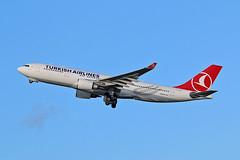 "TC-JND Airbus A.330-203 Turkish Airlines MAN 20-12-15 (PlanecrazyUK) Tags: man manchester ringway egcc turkishairlines airport"" airbusa330203 ""manchester tcjnd"