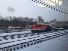METR0-NORTH--127 at North White Plains Yard (milantram) Tags: metronorth diesellocomotives bl20gh