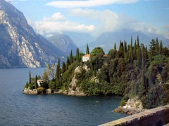 Lake Garda Villa 9th Oct 118 (saxonfenken) Tags: trees lake mountains villa storybook lakegarda perpetual 118 gamewinner challengewinner a3b friendlychallenges thechallengefactory verona9thoct 118italy challengeyouwinnerunam
