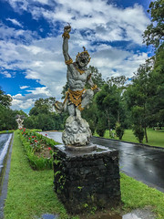 IMG_9718.jpg (Pete Finlay) Tags: bali statue indonesia id bedugul hindustatue baturiti balibotanicgarden