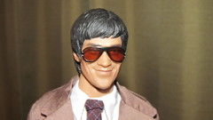 Celebrity (larry_boy17) Tags: brown hot celebrity scale smile sunglasses closeup toys actionfigure suits action bruce tie indoor shades special suit lee figure 16 figures brucelee hottoys 16scale
