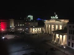 Berlin Brandenburger Tor / Brandenburg Gate (Konrad-Adenauer-Stiftung Belarus / Wolfgang Sender) Tags: berlin nacht platz tourismus pariser sehenswrdigkeit
