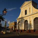 "Catedral <a style=""margin-left:10px; font-size:0.8em;"" href=""http://www.flickr.com/photos/14315427@N00/24546782814/"" target=""_blank"">@flickr</a>"