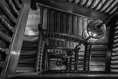 wooden steps (Blende1.8) Tags: wood white black london monochrome architecture stairs liberty nikon stair stairway treppe departmentstore staircase architektur monochrom banister nikkor holz weiss schwarz kaufhaus treppenhaus handlauf d5500 18140mm carstenheyer