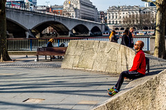 DSCF8675 (Neal_T) Tags: uk urban london sport architecture 50mm fuji norfolk streetphotography running southbank norwich fujifilm resting runner londoncity vintagelens xt1