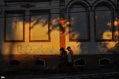 Windows closed (Otacílio Rodrigues) Tags: city windows cidade urban sun house man sol brasil casa candid cap streetphoto boné homem janelas oro resende