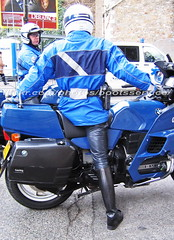 bootsservice 06 4247 (bootsservice) Tags: leather army uniform boots motorcycles riding gloves moto bmw motorcycle uniforms  officer garde weston bottes motard motos arme uniforme nationale gendarme motorcyclists  cuir motards breeches gendarmerie uniformes gants gendarmes motorbiker rpublicaine officier