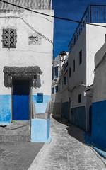 Ruelle en Bleu - Blue Alley (A.B.S Graph) Tags: ocean music sun mer nid surf tour body sale maroc chateau poisson oiseau peche rabat planche regard canne gnawa pensif salé oudaia oudaya sacrée gnawi