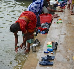 (Rick Elkins Trip Photos) Tags: woman india river village laundry dishes bathing hindu tamilnadu ghats