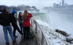 A Telescopic View (Poocher7) Tags: mist canada laughing niagarafalls hoodie tourists cliffs newyorkstate viewer redcoat horseshoefalls americanfalls telescopicview honeymooncapital