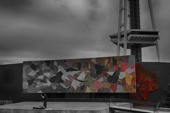 Put Some Color in Your Life (Ken Cruz --- Fernweh) Tags: seattle blackandwhite photoshop cloudy stage gradient spaceneedle guitarist hdr selectivecolor onemanband