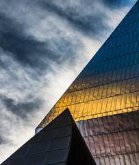 Lowry, Salford Quays (Kelly's Eye Pics) Tags: sunlight architecture shine pentax diagonal tiles salford quays lowry glisten 1685mm k5ii
