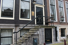 Amsterdam doors (Davydutchy) Tags: holland netherlands amsterdam canal capital hauptstadt nederland paysbas niederlande gracht hoofdstad