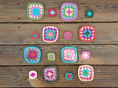 Working on another batch of five-round granny squares (crochetbug13) Tags: bag square squares flamingo crochet yarn purse crocheted scrap tote grannysquare crocheting
