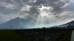 Schnappenberg Hochlerch (Aah-Yeah) Tags: cloud sunlight bayern wolken sonnenstrahlen achental chiemgau hochgern marquartstein hochlerch schnappenberg aschafeld