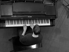 P1310831 (Imagine Bill) Tags: birminghamjazz davidferris jazzlines jazzlinestrio