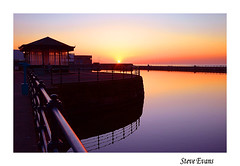 wirral sunset (coulportste) Tags: new sunset reflections brighton colours border frame wirral