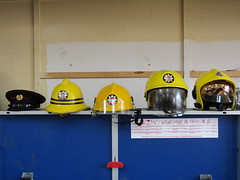 LFB Helmets (markkirk85) Tags: county london station yellow fire 1974 pattern pacific cork sub helmet engine right f1 1999 cap present left 1990 appliance cromwell tottenham brigade 2010 officers f600 2011 lfb 198990 gallet