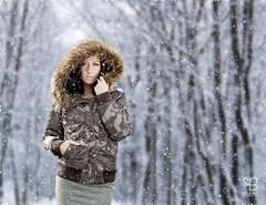 Viktorija im Schnee (sB-photo#) Tags: winter people snow deutschland europa availablelight natur menschen nrw shooting wald jahr mensch sauerland 2015 drolshagen bleche breitehardt